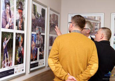 Wystawa zdjęć Josepha Dixona oraz wizyta w Gminie Puck.